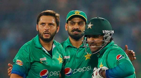 pakistan cricket team captain